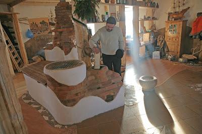 Печь дровяная. Каркасный энергопассивный дом из соломы в Минске