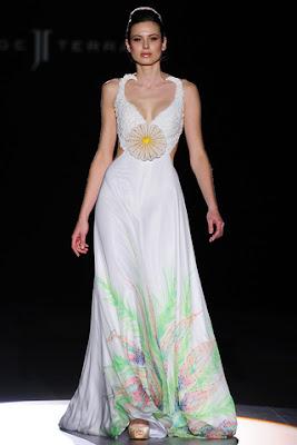 Vestidos de novia originales vestidos moda 2017 2018 for Novias originales 2017