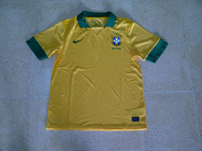 Jual Jersey Brazil Home 2014 Player Issue Edition