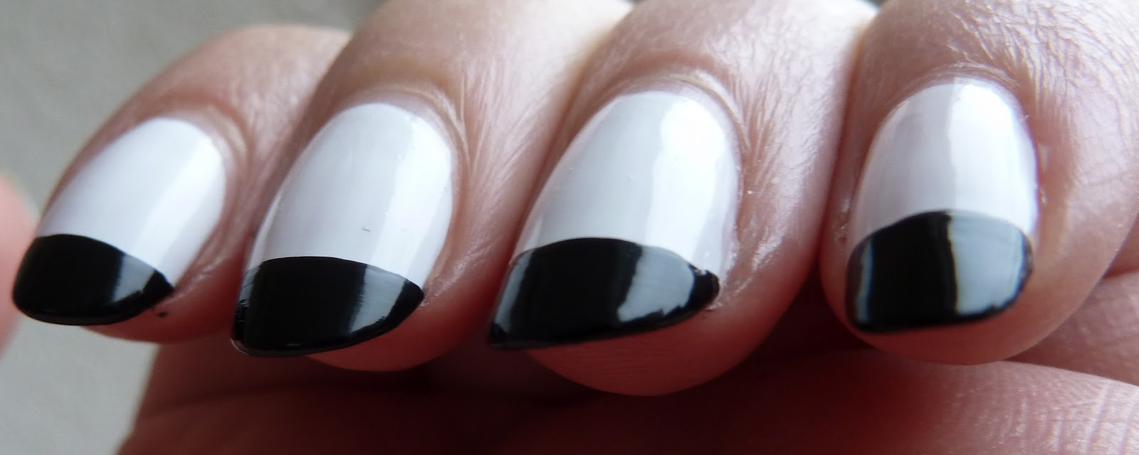 NailsByStephanie: Day #7 Black and White