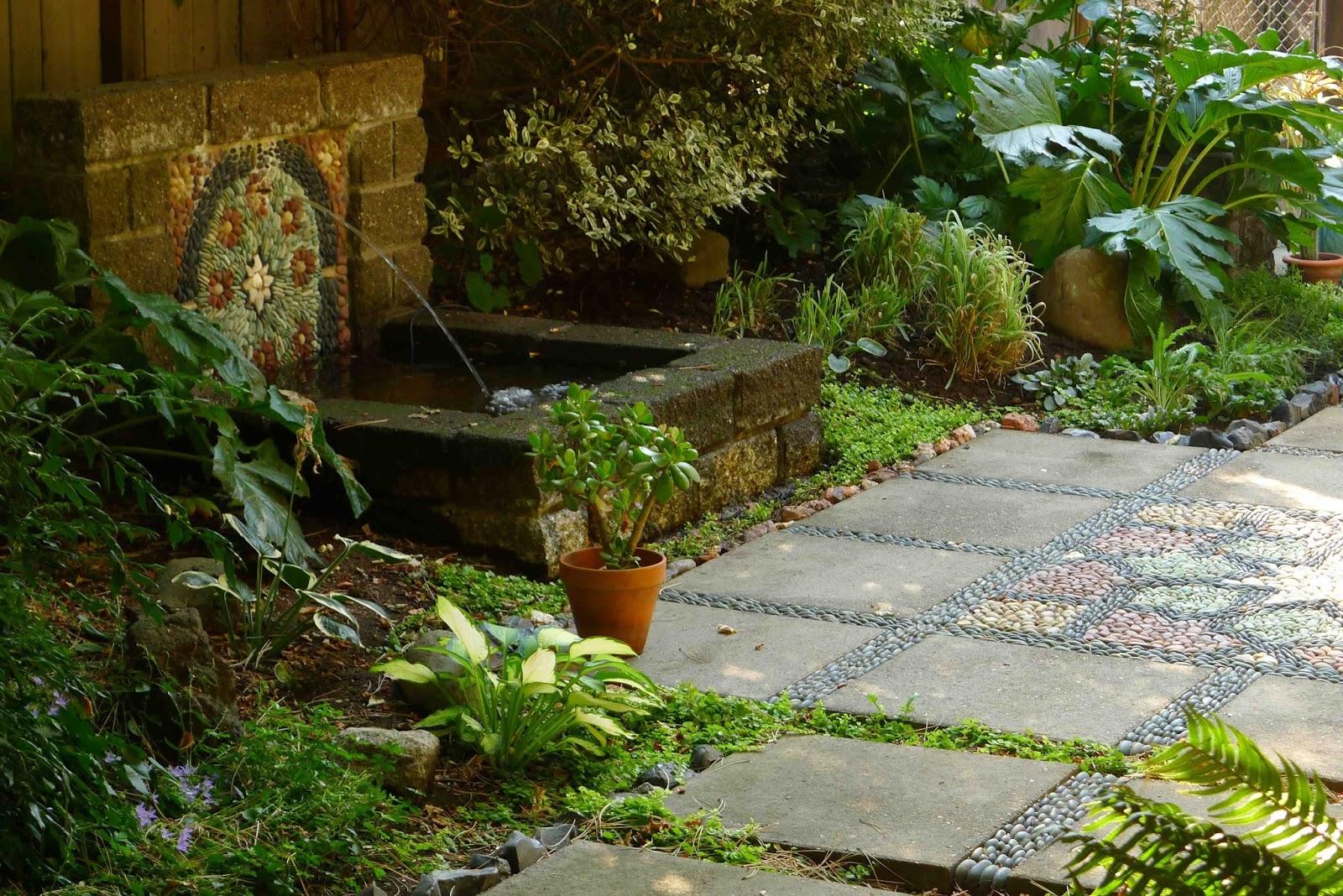Jeffrey bale 39 s world of gardens september 2015 for Garden fountains portland oregon