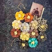 http://kolorowyjarmark.pl/pl/p/Timeless-Memories-Retrospect-Kwiaty-papierowe/3261