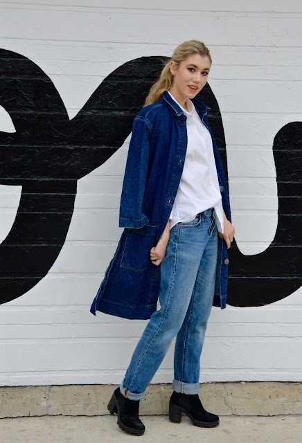 boyfriend jeans, Canadian tuxedo, denim on denim, simple chic outfit