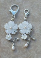 Mother of Pearl Scissor Fob