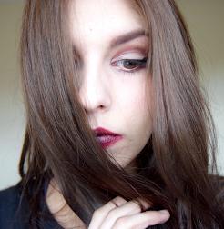 Sara | 20 | London