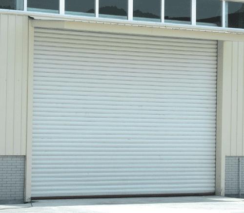 Salah satu contoh penampilan pintu rolling door untuk bangunan.