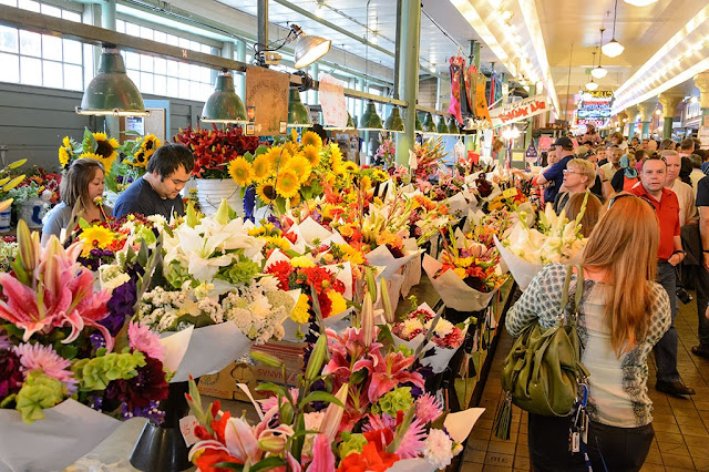 Flower vendors at Pike Place Market