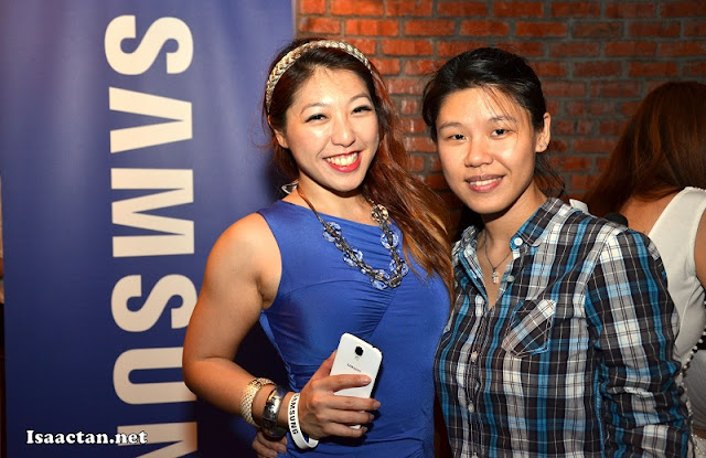 Gorgeous MC Linora Low, with Michelle from Samsung