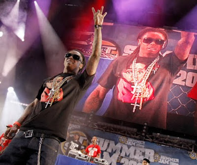 Lil Wayne - Tunechi's Back