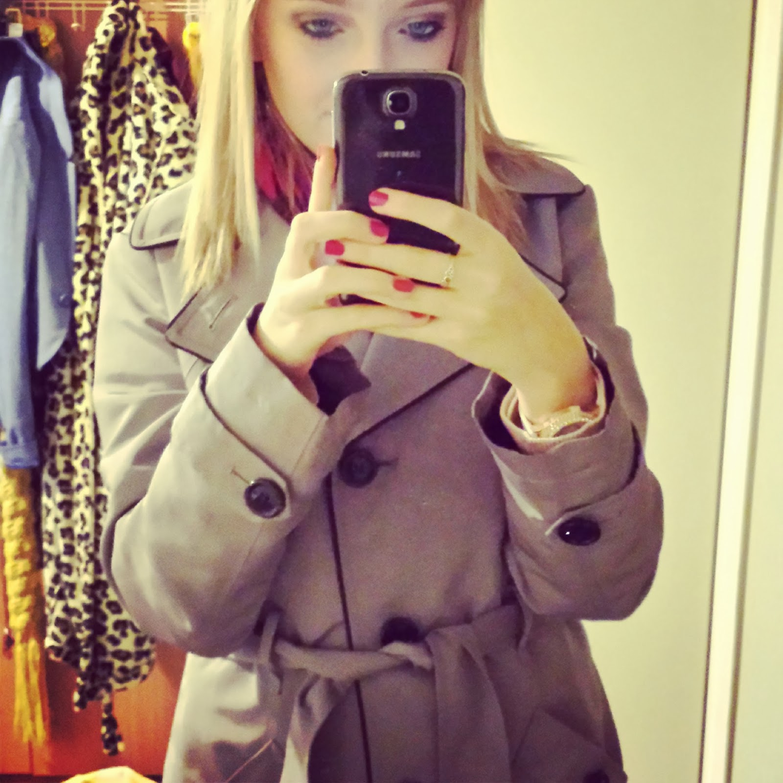 MARKS AND SPENCER MAC COAT
