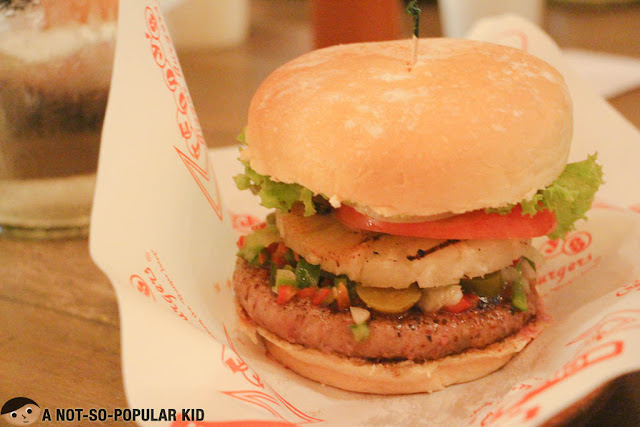 Lanikai Burger of Teddy's Bigger Burgers