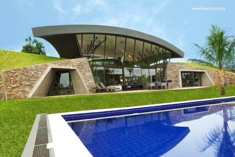 Arquitectura de casas dos casas modernas en paraguay for Modern underground home designs