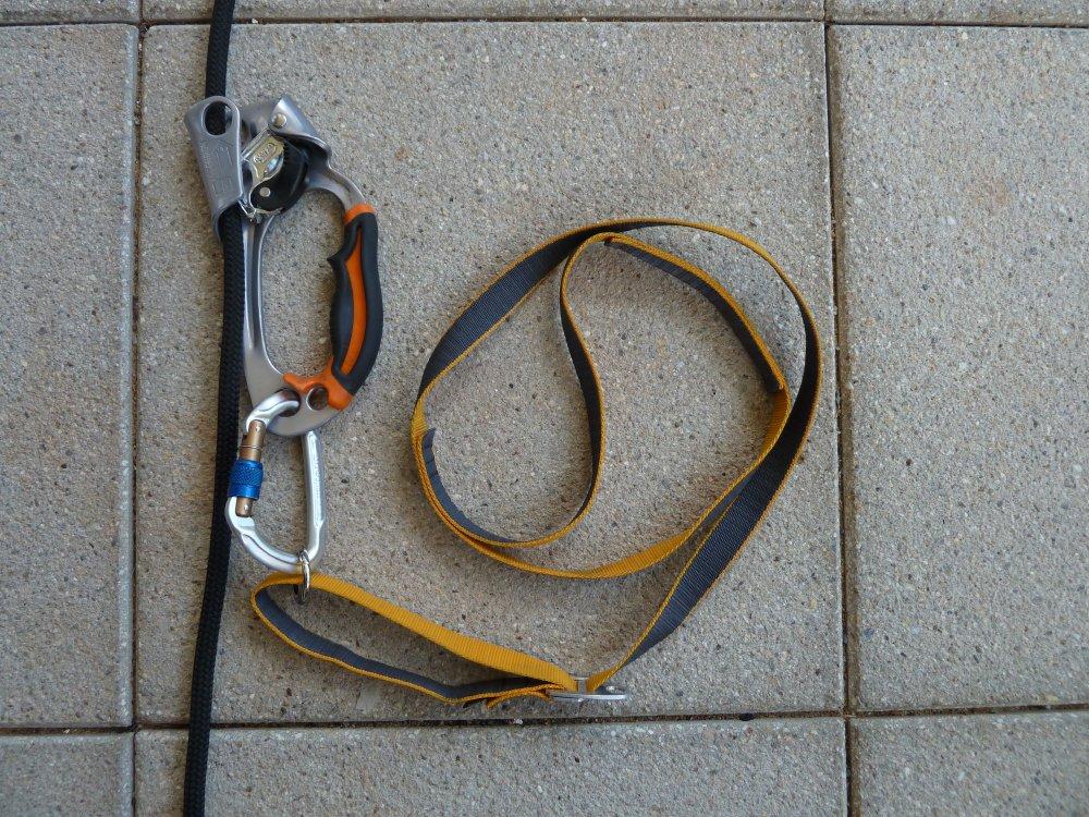 Klettergurt Seil Befestigen : Berge versetzen: baumklettern für den kleinen geldbeutel