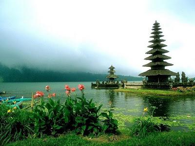 Danau Bedugul di Pulau Bali