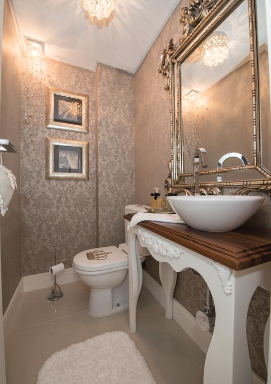 Construindo Minha Casa Clean LavabosBanheiros Clássicos com Espelhos Antigo -> Banheiro Pequeno Sofisticado