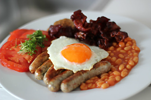 English breakfast nach Inspector Oxford aus Frenzy | Arthurs Tochter Kocht von Astrid Paul