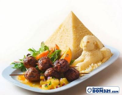 Sajian Makanan Dengan Bentuk Yang Menarik