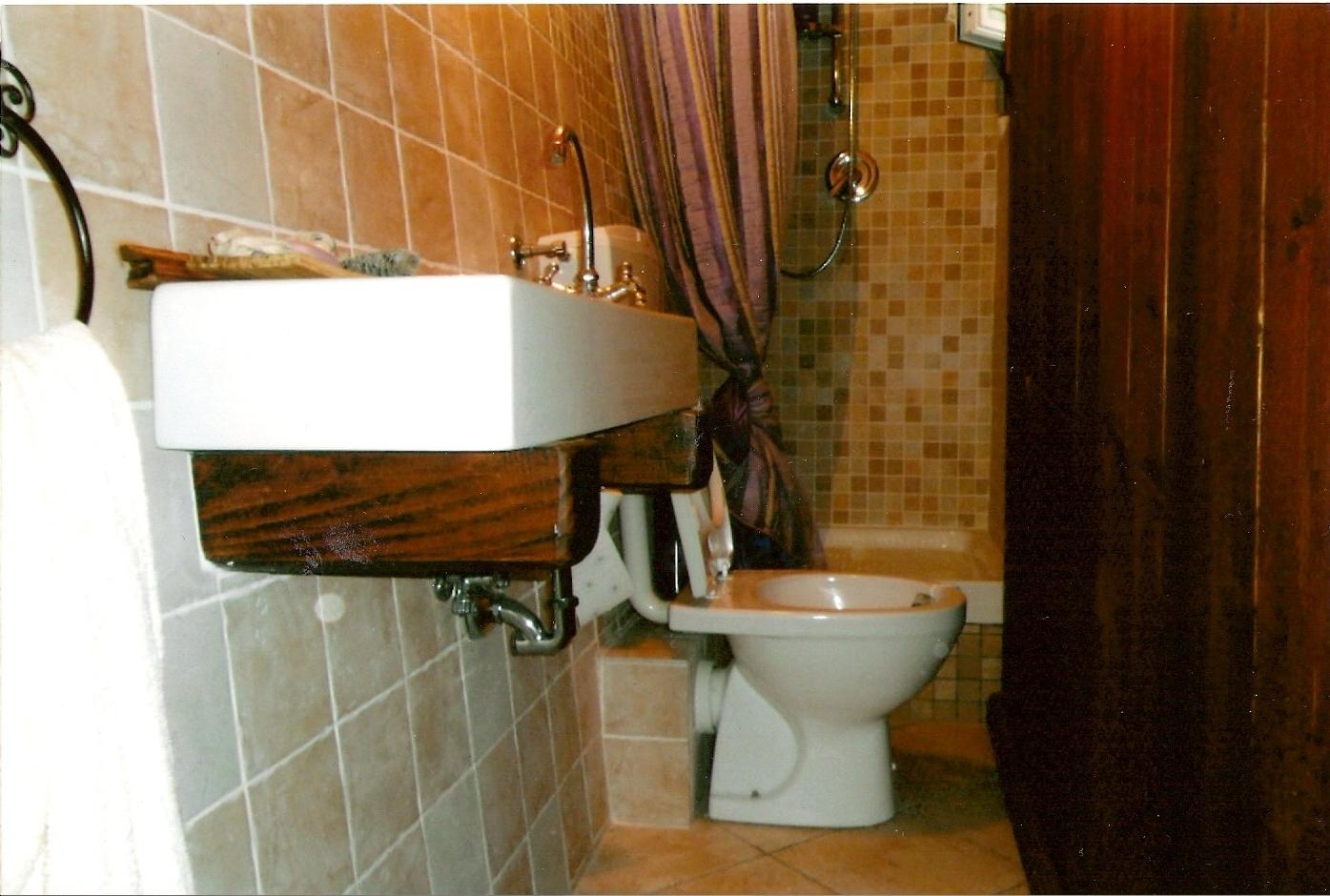 Vasca Da Bagno Rivestita In Legno : I miei sogni di legno: bagno rivestito in legno