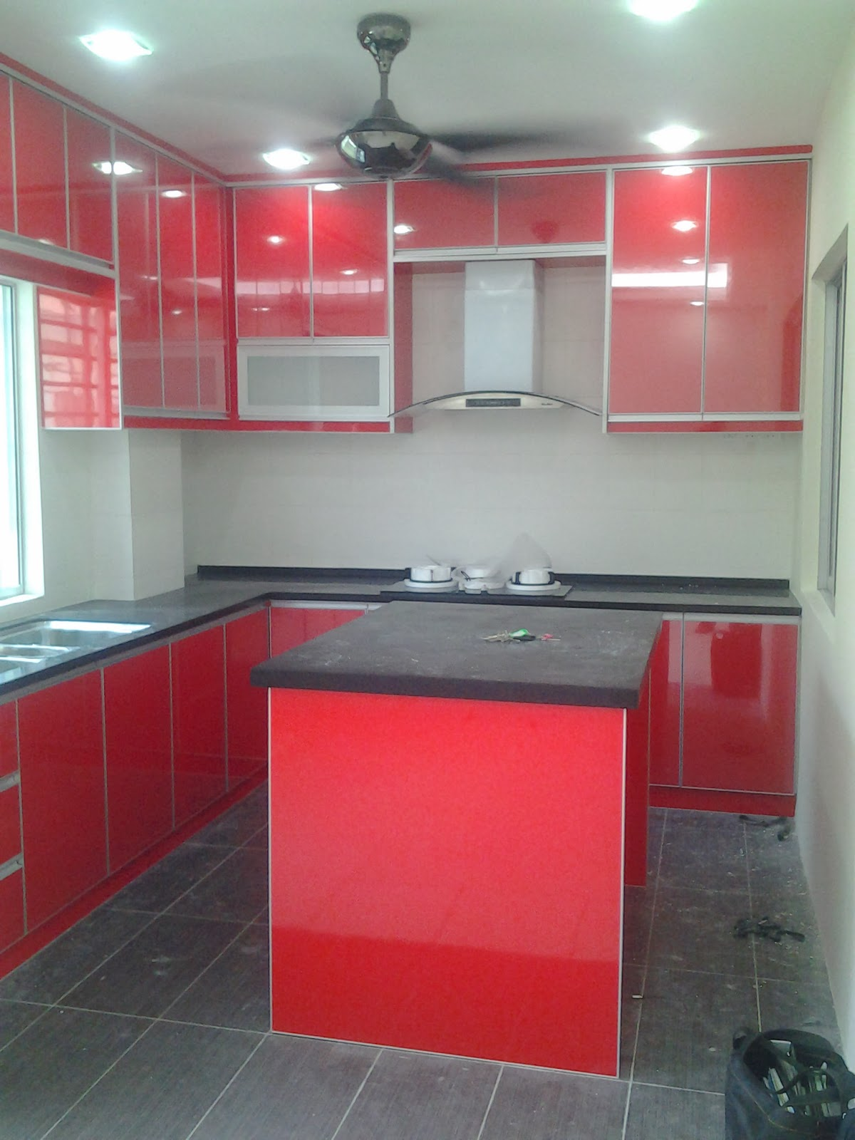 Solid Surface Kitchen Cabinets