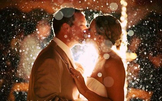Смотреть фото парень целуется с рыжей девушкой фото 235-483