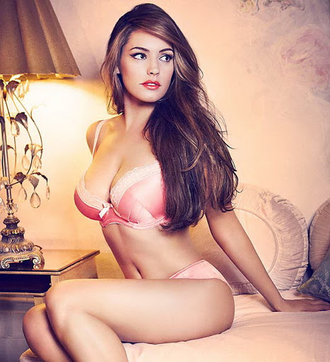 Kelly Brook New Look sexy plus size lingerie models photoshoot