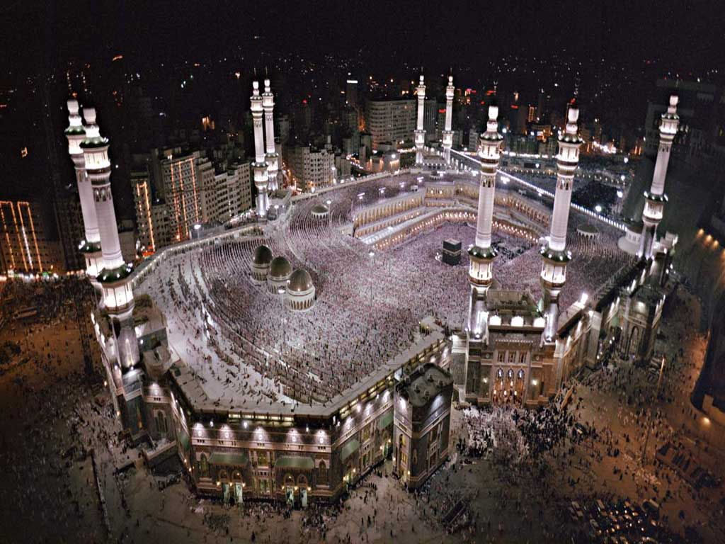 http://1.bp.blogspot.com/-UVjqJWc5jBI/TlAR773_jYI/AAAAAAAADAA/29pB2ZEtYDA/s1600/makkah_masjid__high_resolution_wallpapers%40lahari.net.jpg