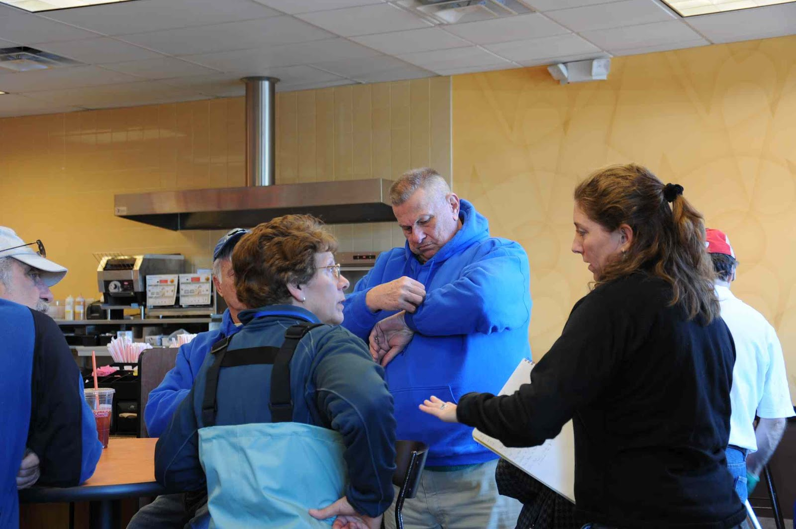 Cape Cod Animal Rescue Part - 48: In The Photo Below Several Network Members Review The Response Plan In The  Command Center. In Front From Left Is Julika And Kim From The Riverhead ...