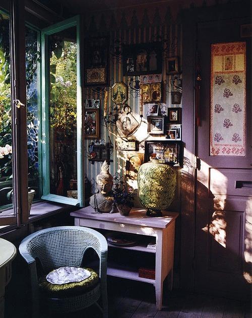 Bohemian Style Slaapkamer : Deze kamers vind ik erg mooi! De subtiele kleuren van de paars/groen