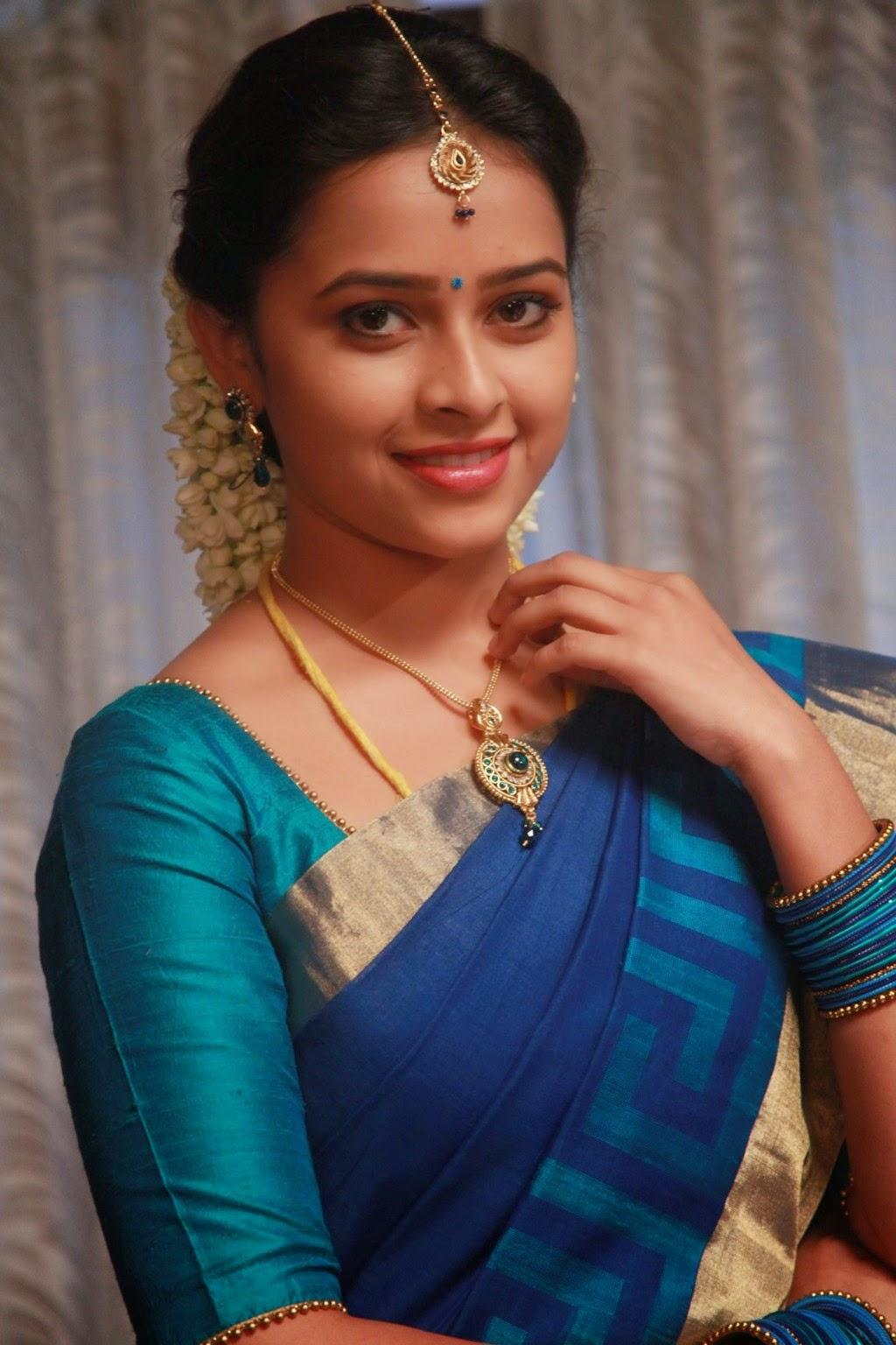 Sri Divya latest glamorous photos-HQ-Photo-11