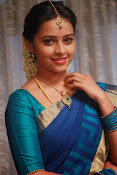 Sri Divya latest glamorous photos-thumbnail-11