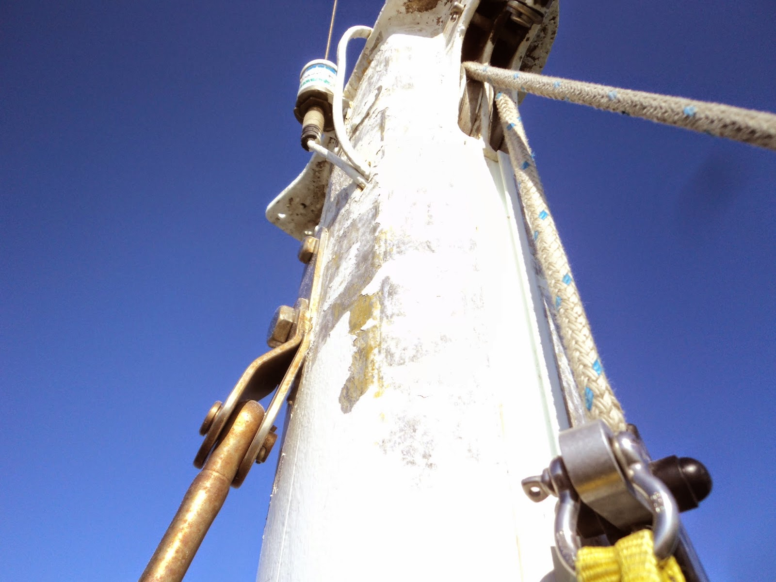 Mast top maintenance
