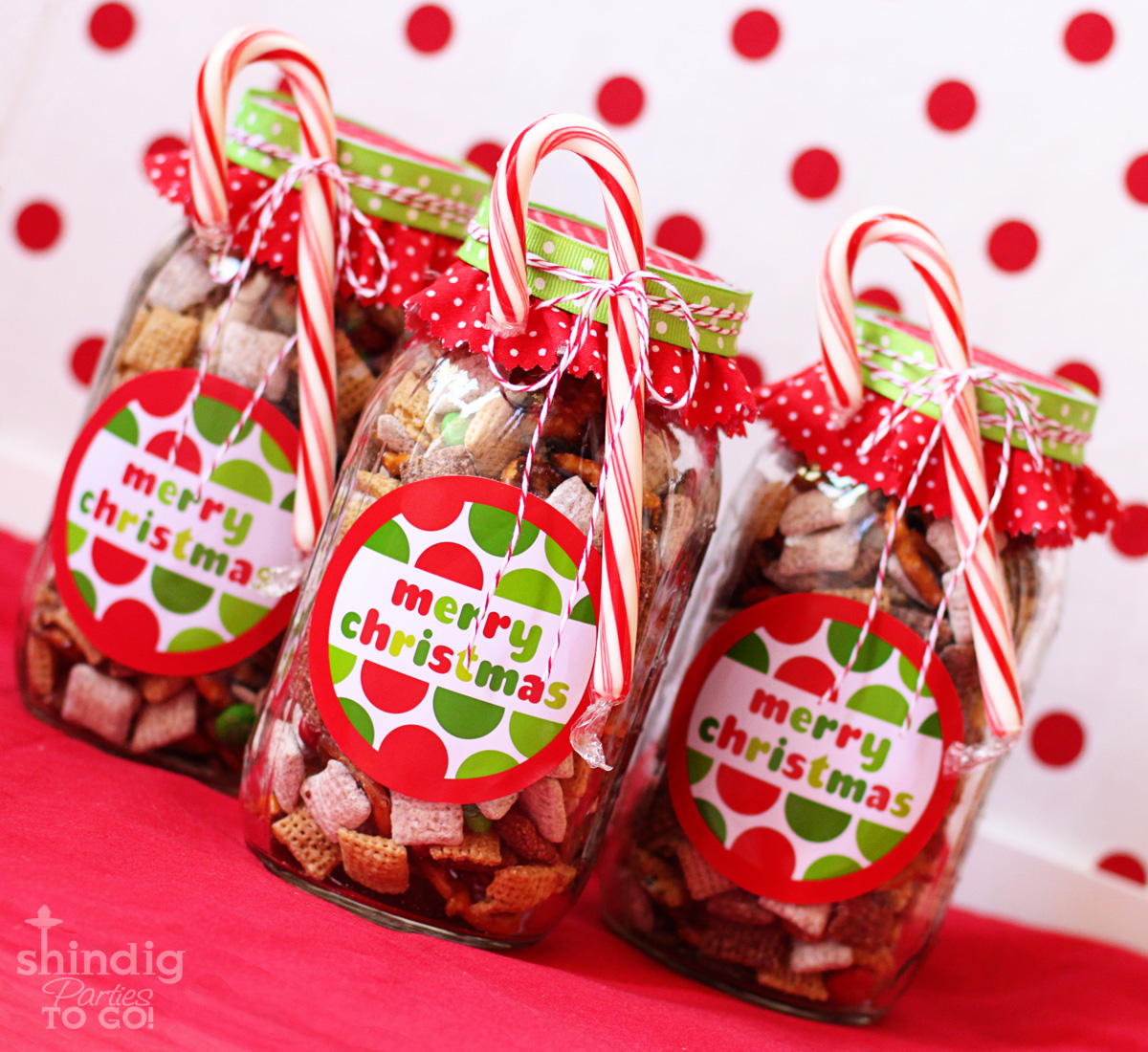 Amanda 39 s parties to go free merry christmas tags and gift for Homemade christmas candy gift ideas