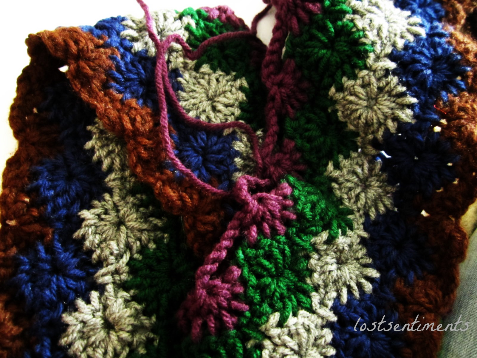 Free Crochet Harlequin Blanket Pattern : lostsentiments: Beginning of Harlequin Pattern Blanket ...