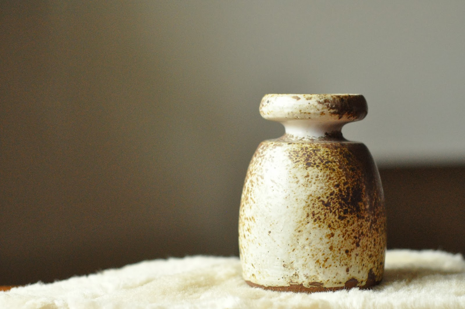 aage wurtz, ceramic vase, ceramic candle holder, ceramic candlestick,  aage wurtz keramik, danish pottery, danish studio pottery