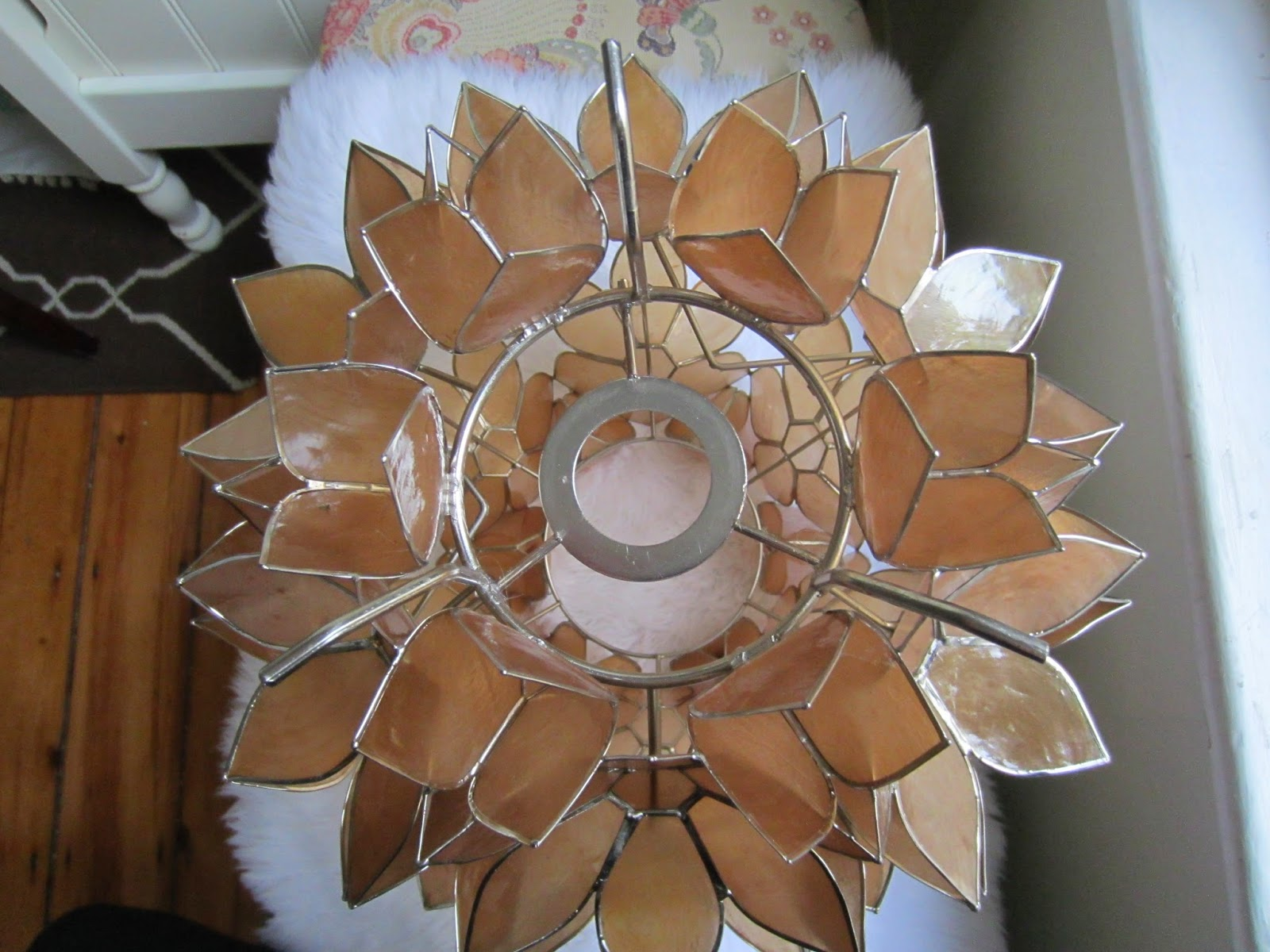 Capiz Flower Chandelier DIY / The Twisted Horn