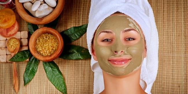 perawatan wajah secara tradisional dengan kunyit