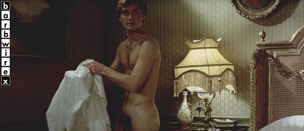 Jude law nude france