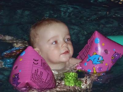 basen, nauka pływania, babyswim