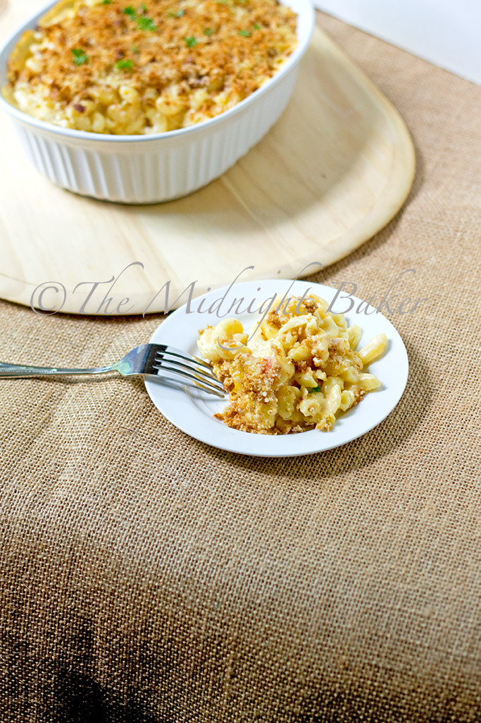 Classic Cheddar Bacon Macaroni & Cheese - The Midnight Baker