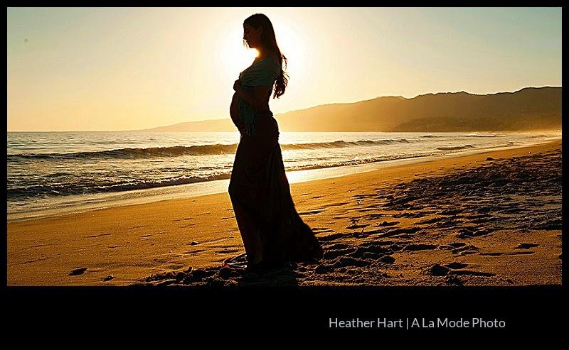 Maternity and pregnancy photography santa monica beach portrait