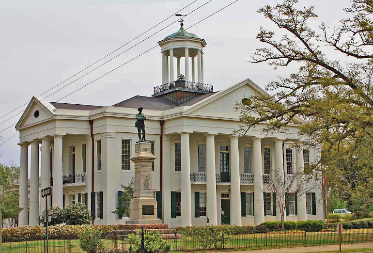 Hinds County Courthouse at Raymond, MS