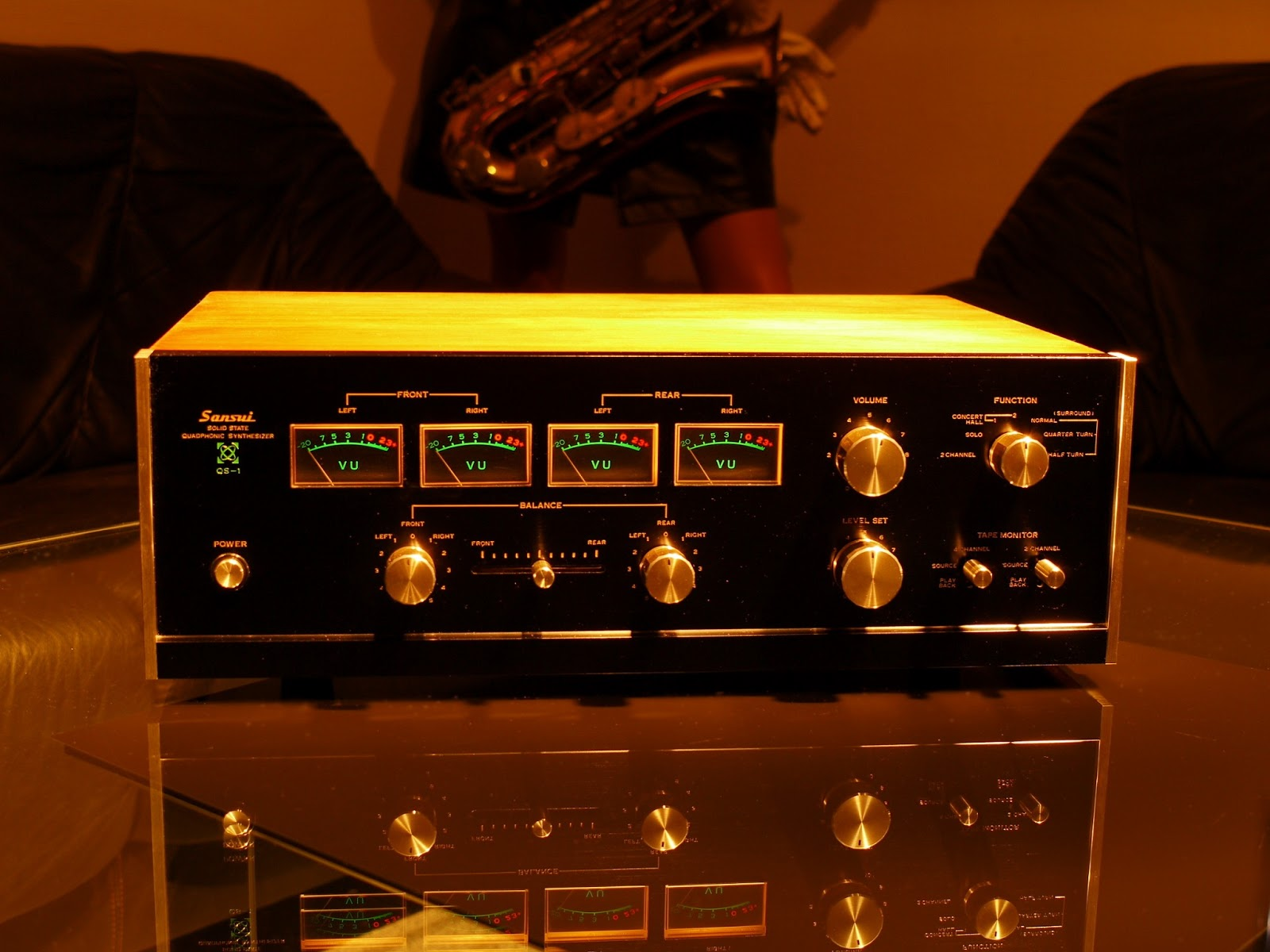 golden age of audio sansui qs 1 quadraphonic synthesizer. Black Bedroom Furniture Sets. Home Design Ideas