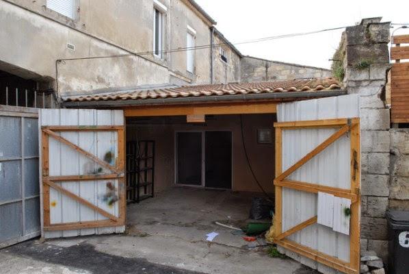 desain-interior-rumah-tinggal-modern-berawal dari-garasi-tua-001a