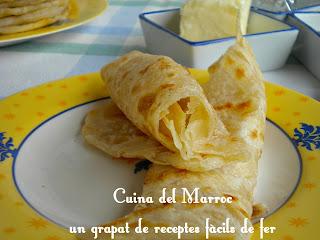 M'semmen, crêpes marroquins de massa de pa