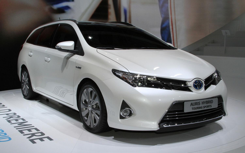 Тойота тест драйв и обзор Toyota Auris: Тест-драйв Toyota ...