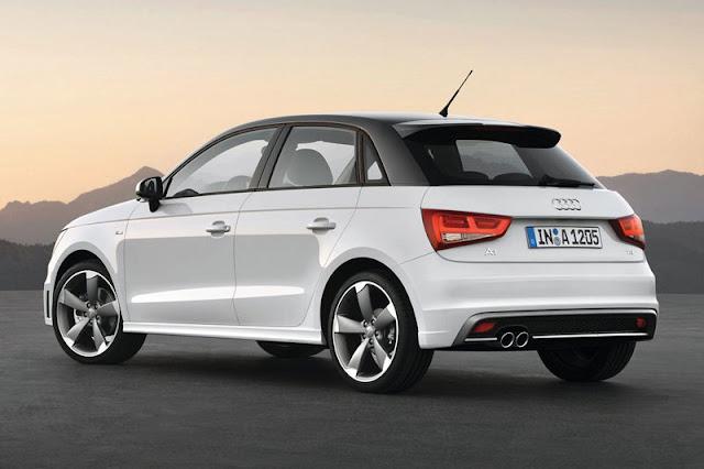 2012-Audi-A1-Sportback-BackGear