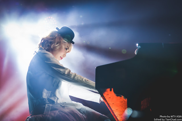 Saori of SEKAI NO OWARI performing at MTV World Stage Malaysia 2015 on 12 Sep Pic 1 (Credit - MTV Asia & Aloysius Lim)