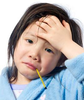 Cara alami menyembuhkan demam anak