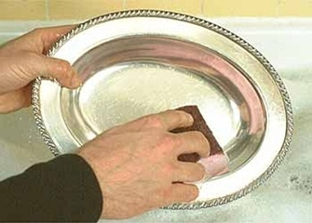 C mo limpiar objetos en plata tips - Con que limpiar la plata ...