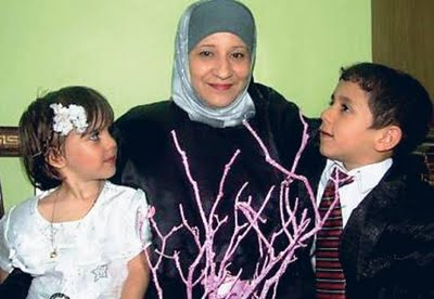 Anak-anak Yang Melakukan Pernikahan Di Usia Dini [ www.BlogApaAja.com ]